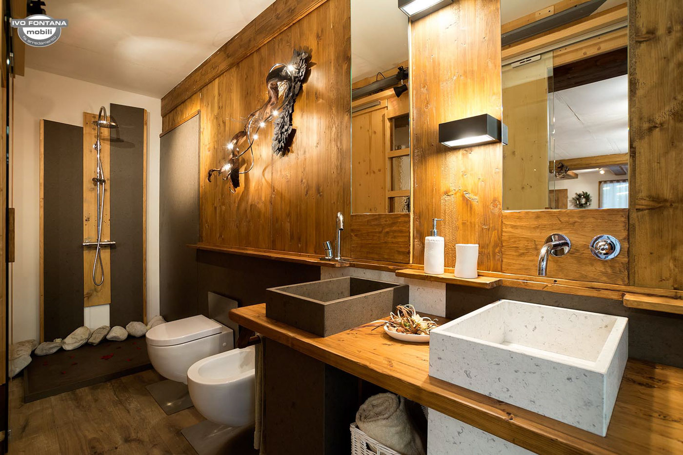 Esposizione mobili rustici moderni classici artigianali for Arredo bagno belluno